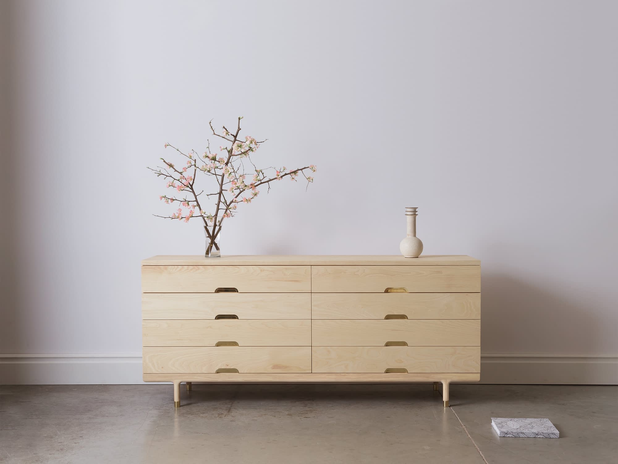 Modern Solid Wood Simple Dresser in Ash Styled