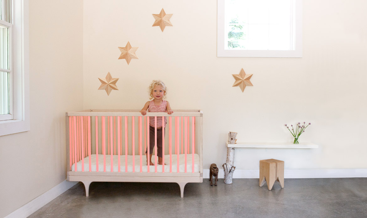 Caravan Crib Ultra-Bright Pink in Room